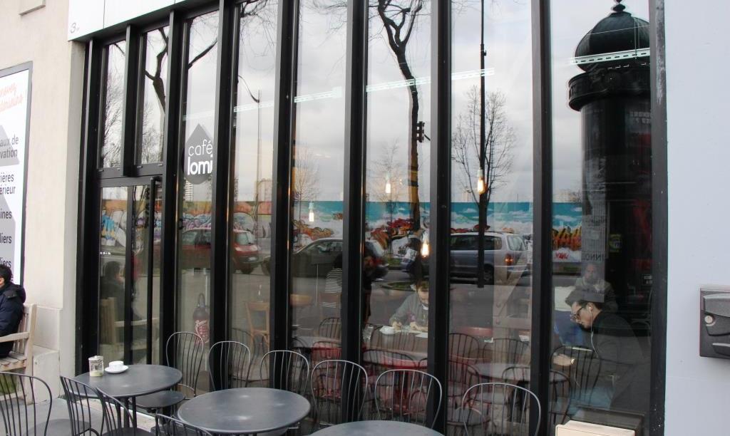 Paris Cafe Lomi 1