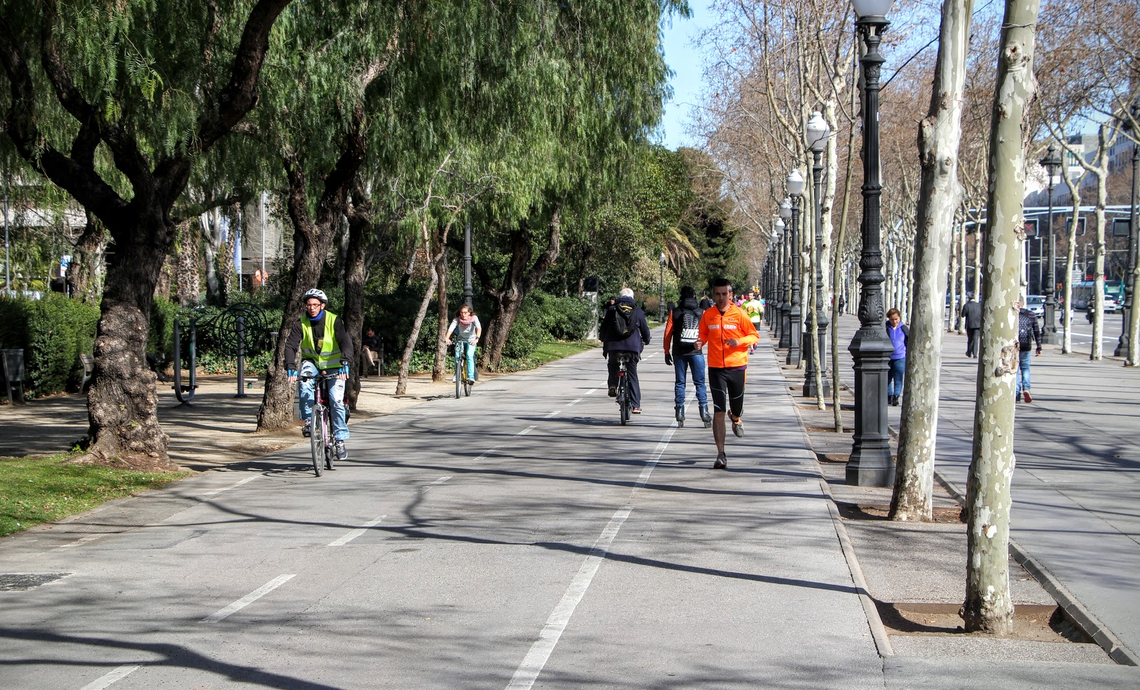 Guide to Biking in Barcelona 5