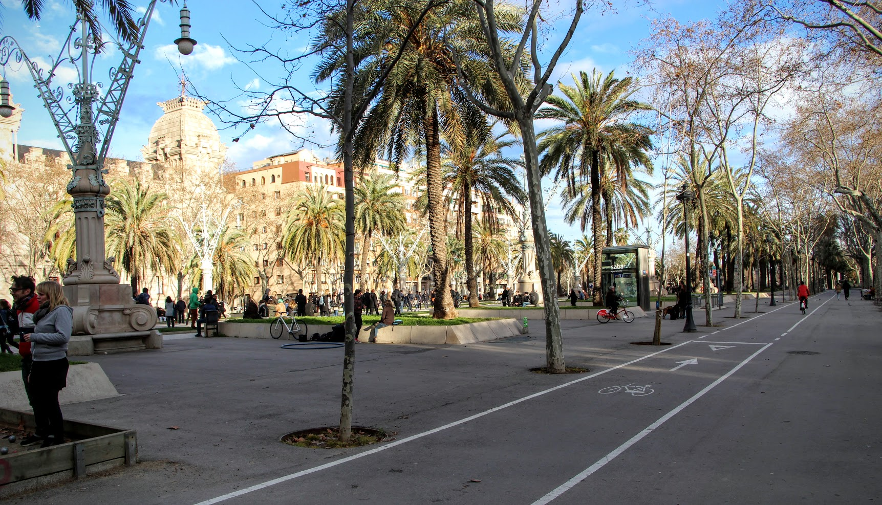 Guide to Biking in Barcelona 8