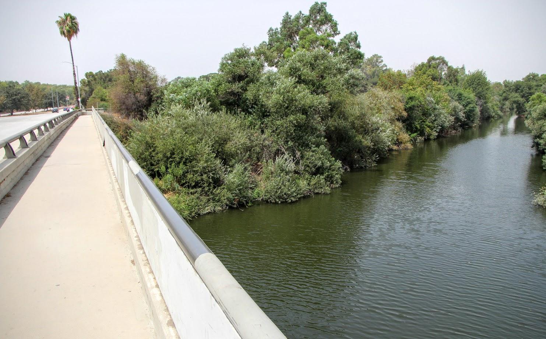 lake-balboa-park-4