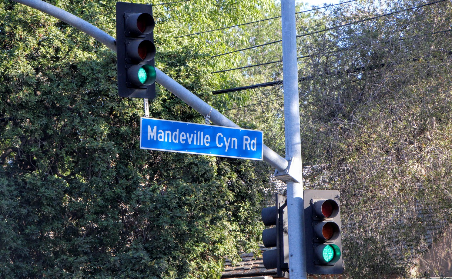 mandeville-canyon-2