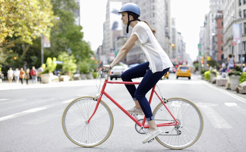 female-cyclists-1