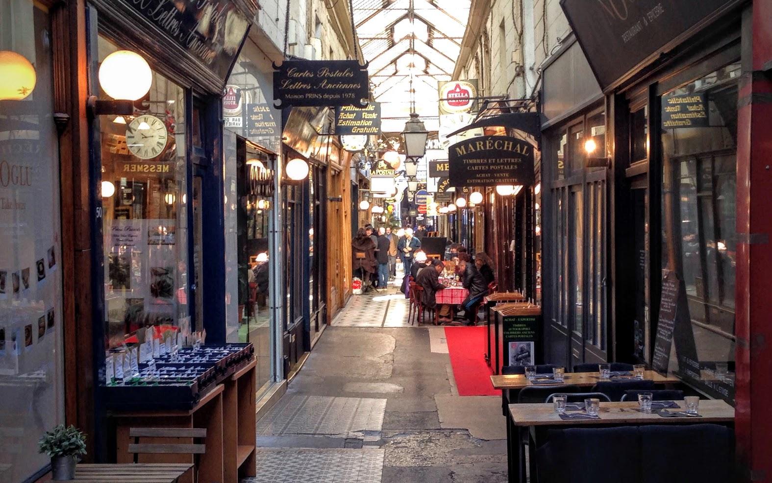 The surprising world of paris 39 secret passages for Booking secret de paris