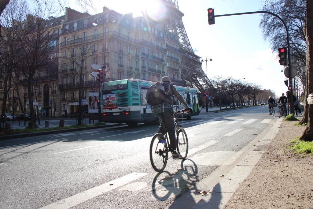 Paris by bike 1
